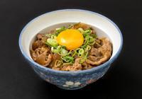 北海道牛丼(卵黄のせ)